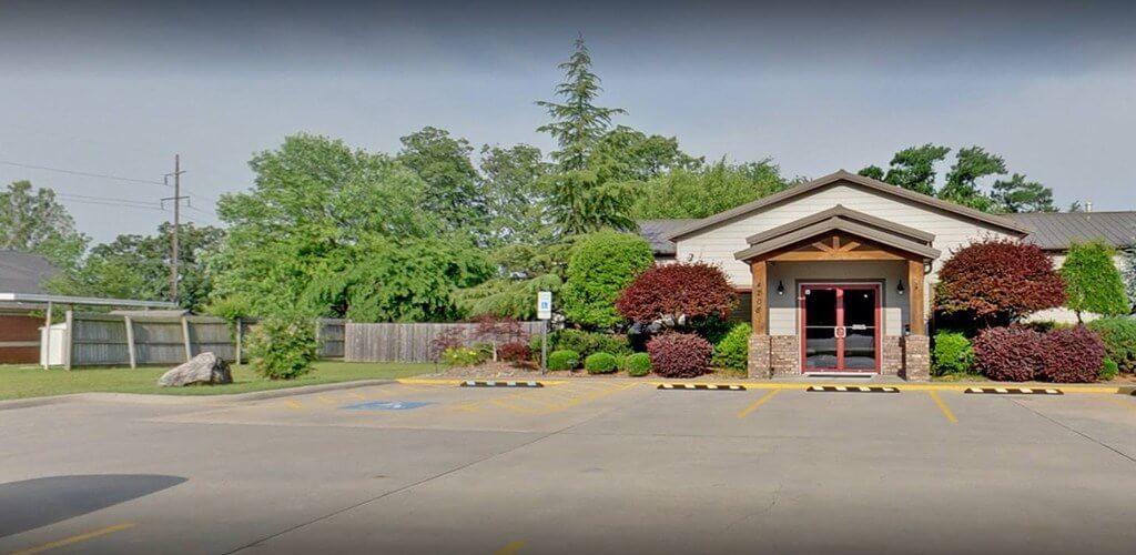 Dental office parking lot in Fort Smith Arkansas
