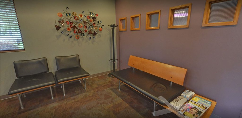 Dental lobby with chairs in Fort Smith Arkansas